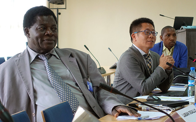 TWAS Fellow Laban Ogallo (left), a climate scientist at the University of Nairobi, and Fadong Li, an ecosystem researcher at the Chinese Academy of Sciences