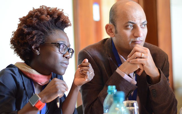Tolu Oni of South Africa (left) and Sameh Soror of Egypt, both of the Global Young Academy, at the INGSA workshop [Edward W. Lempinen/TWAS]